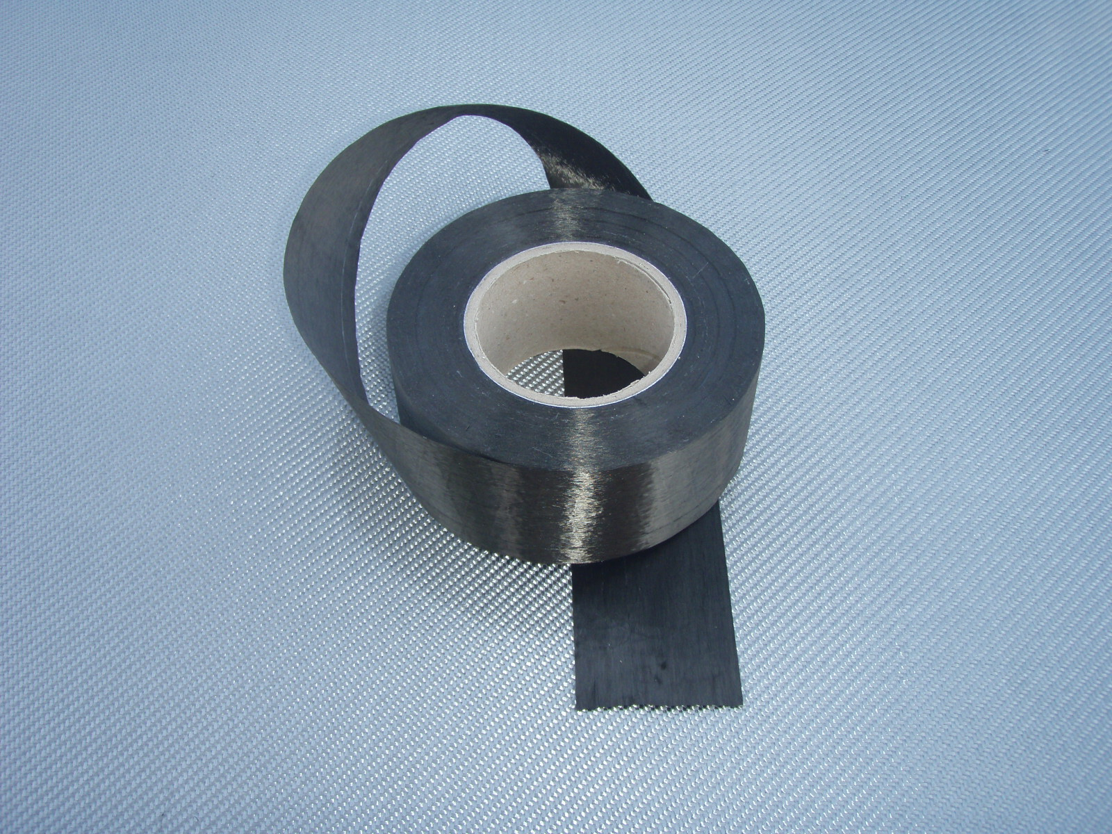 Carbon fiber tape roll<br> Width 6 cm<br> TC80U06