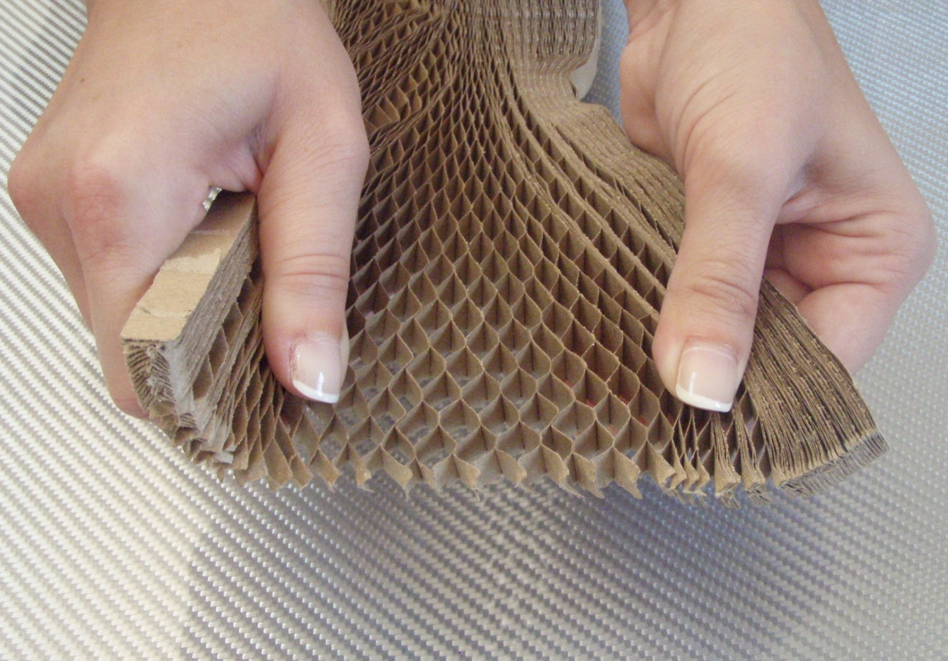 Plain paper honeycomb<br> 10 mm / 10 m<sup>2</sup>