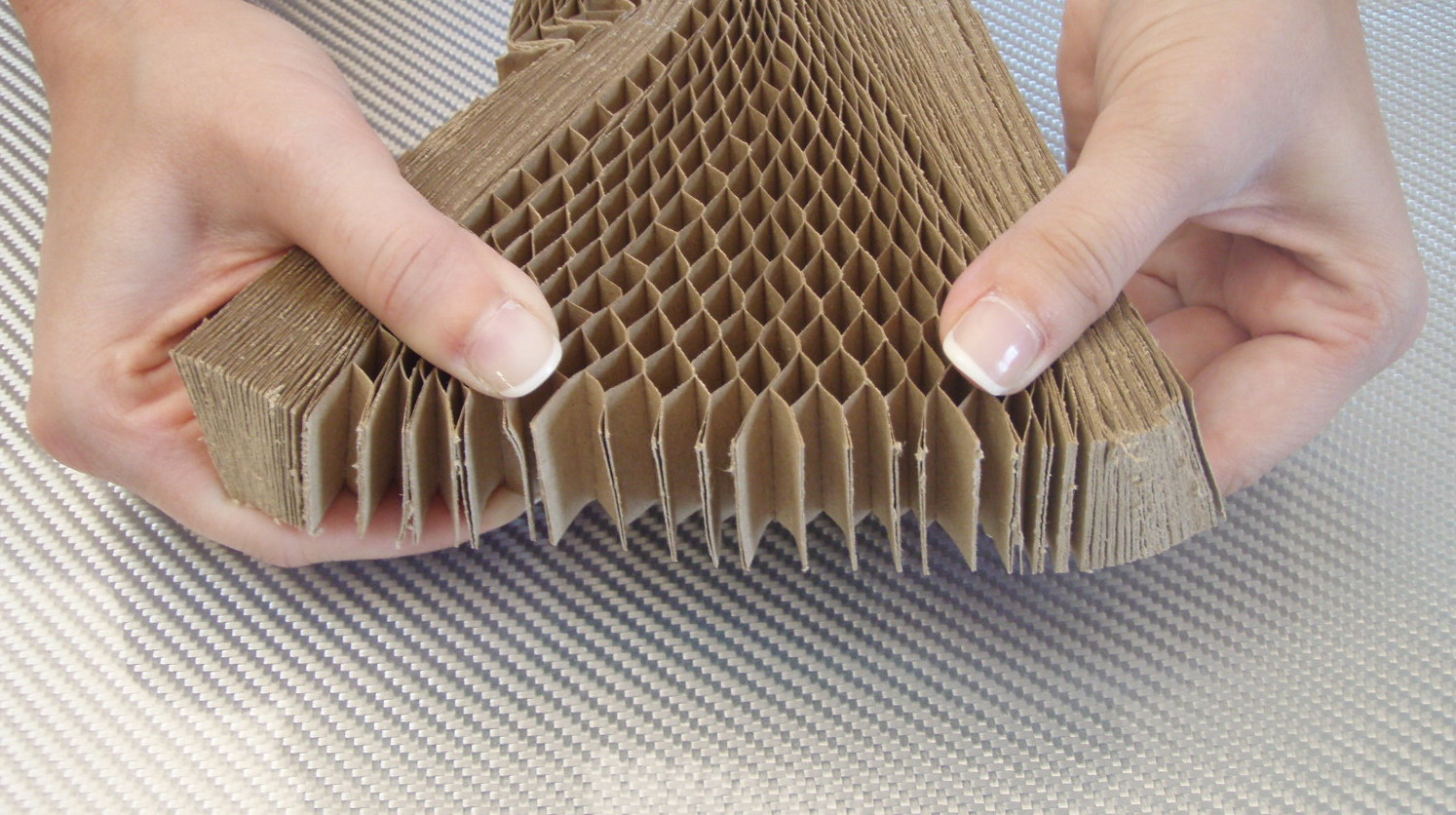 Plain paper honeycomb<br> 30 mm / 5 m<sup>2</sup>